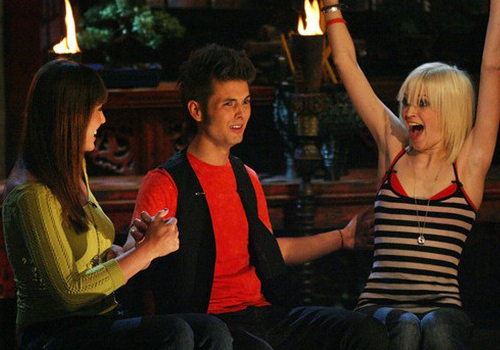 Todd Herzog, Amanda Kimmel and Courtney Yates as the Final 3.