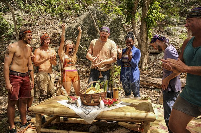 """""""Your Job is Recon"""" - Taylor Stocker, Justin Starrett, Jessica Figueroa, Chris Hammons, Ciandre Taylor, David Wright and Paul Wachter on SURVIVOR: Millennials vs. Gen. X, airing Wednesday, Oct. 5 (8:00-9:00 PM, ET/PT) on the CBS Television Network. Photo: Monty Brinton/CBS Entertainment ©2016 CBS Broadcasting, Inc. All Rights Reserved."""