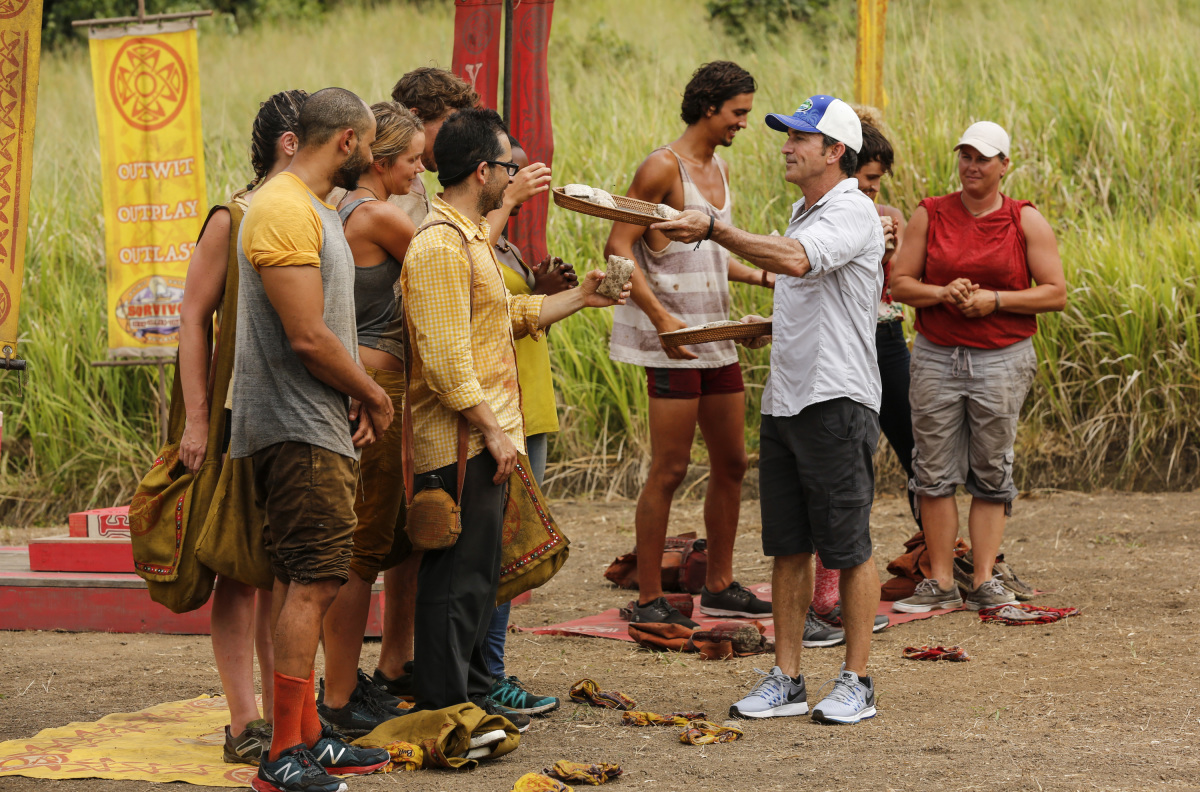 """""""I Don't Like Having Snakes Around"""" - Jeff Probst hands out the new buffs on the fourth episode of SURVIVOR 35, themed Heroes vs. Healers vs. Hustlers, airing Wednesday, October 18 (8:00-9:00 PM, ET/PT) on the CBS Television Network. Photo: Robert Voets/CBS ©2017 CBS Broadcasting Inc. All Rights Reserved"""
