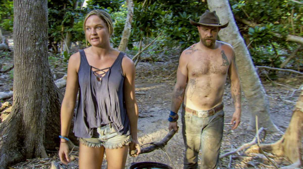 """My Kisses Are Very Private"" - Ashley Nolan and Ben Driebergen on the third episode of SURVIVOR 35, themed Heroes vs. Healers vs. Hustlers, airing Wednesday, October 11 (8:00-9:00 PM, ET/PT) on the CBS Television Network. Photo: Screen Grab/CBS ©2017 CBS Broadcasting Inc. All Rights Reserved"