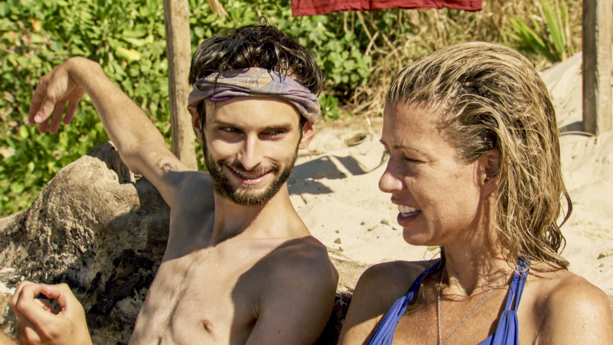 """""""Buy One, Get One Free"""" - Ryan Ulrich and Chrissy Hofbeck on the tenth episode of SURVIVOR 35, themed Heroes vs. Healers vs. Hustlers, airing Wednesday, November 29 (8:00-9:00 PM, ET/PT) on the CBS Television Network. Photo: Screen Grab/CBS ©2017 CBS Broadcasting Inc. All Rights Reserved."""
