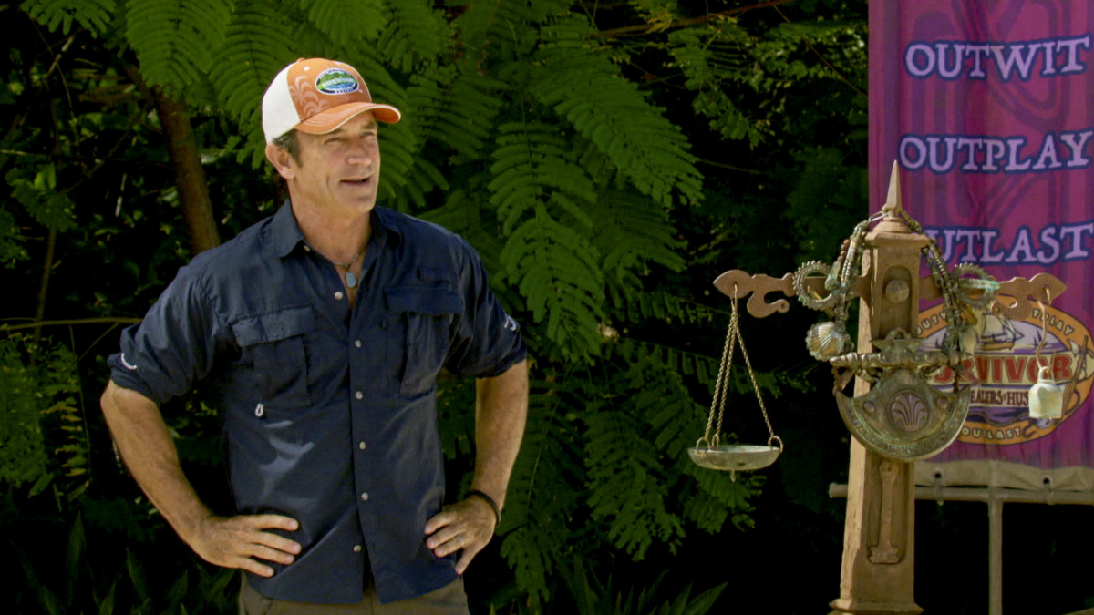 """""""Million Dollar Night"""" - Jeff Probst on the finale of SURVIVOR 35, themed Heroes vs. Healers vs. Hustlers, airing Wednesday, December 20 (8:00-10:00 PM, ET/PT) on the CBS Television Network. Photo: Screen Grab/CBS ©2017 CBS Broadcasting Inc. All Rights Reserved."""