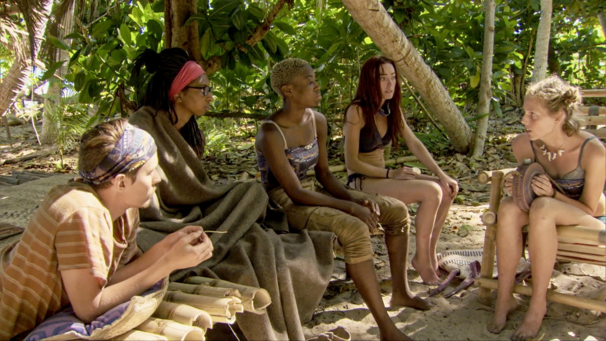 """""""The Sea Slug Slugger"""" - Donathan Hurley, Laurel Johnson, Desiree Afuye, Chelsea Townsend and Kellyn Bechtold on the ninth episode of Survivor: Ghost Island, airing Wednesday, April 18 (8:00-9:00 PM, ET/PT) on the CBS Television Network. Photo: Screen Grab/CBS Entertainment ©2018 CBS Broadcasting, Inc. All Rights Reserved."""