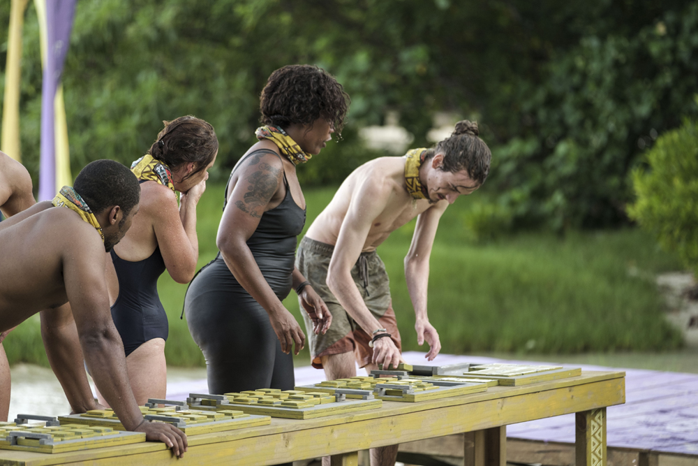Laumei struggling during the Immunity Challenge