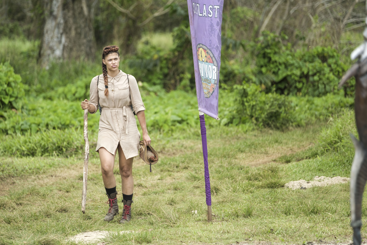 Steffi returning from Island of Secrets