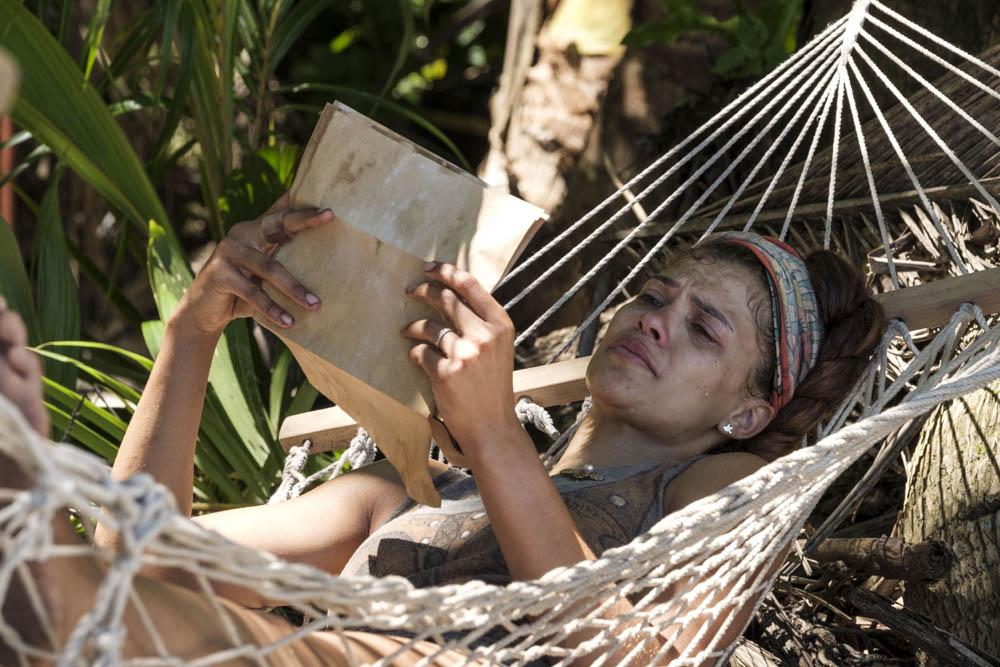 Steffi reading her letter
